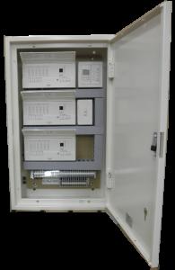<小型記憶調光システム操作器収納盤> (当社製)