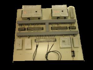 小型調光機検証盤(当社製)